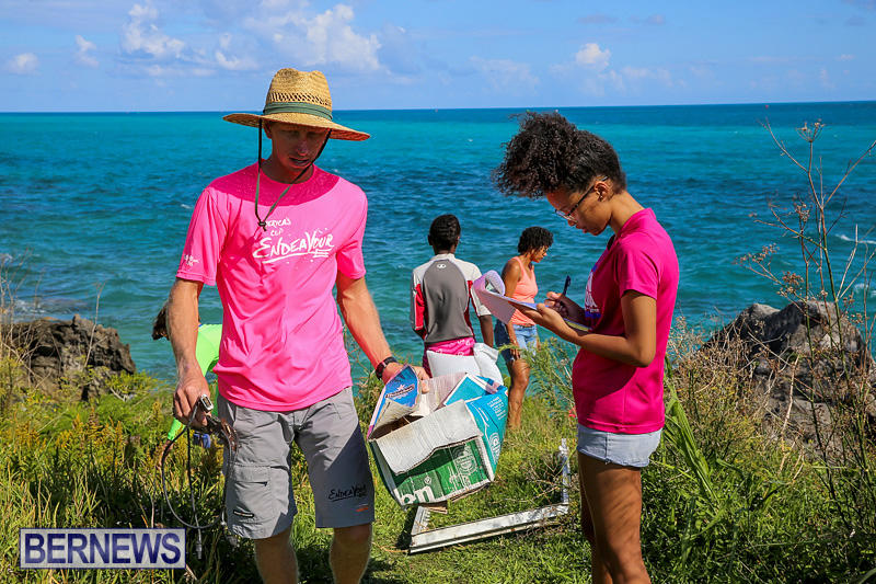 EY-Coastal-Clean-Up-Bermuda-September-17-2016-21