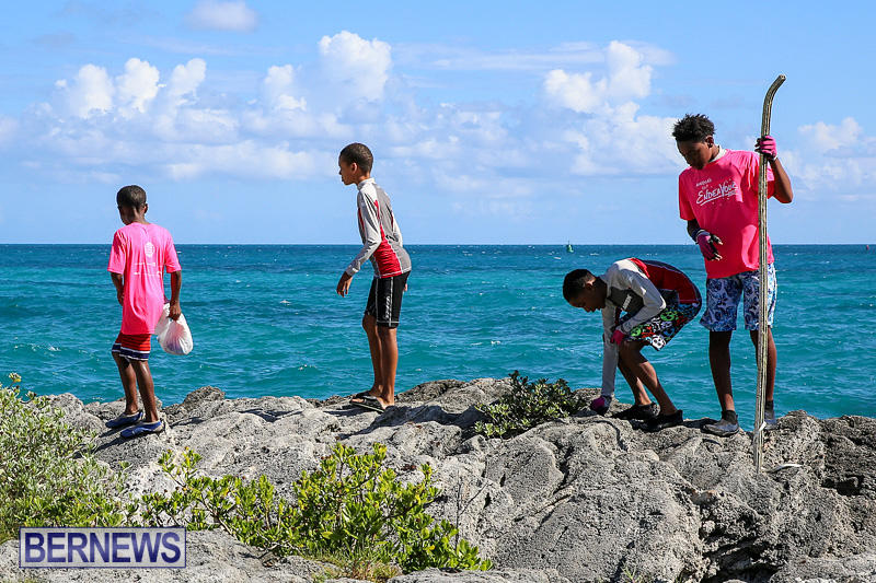 EY-Coastal-Clean-Up-Bermuda-September-17-2016-26