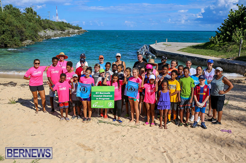 EY-Coastal-Clean-Up-Bermuda-September-17-2016-4