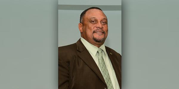 Maynard Dill Bermuda 2