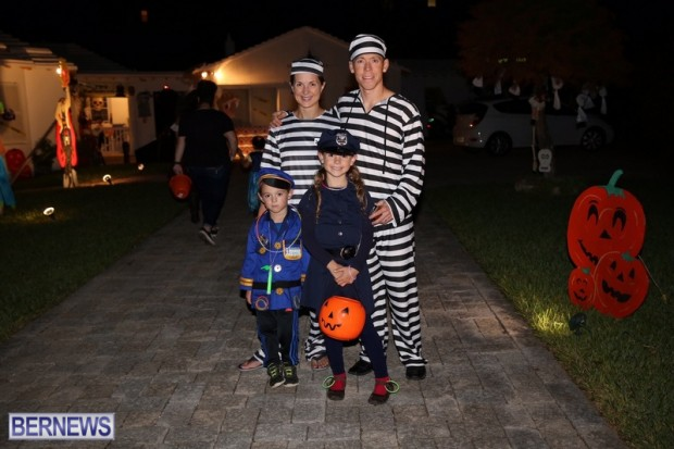 02-2016 October Bermuda Halloween in Devonshire (2)