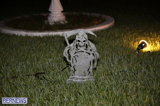 05-2016 October Bermuda Halloween in Devonshire (5)