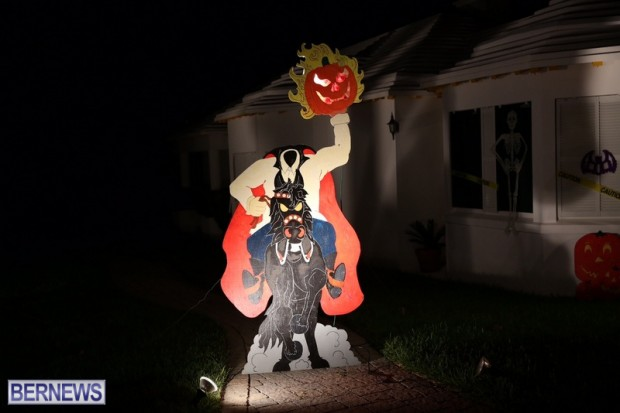 11-2016 October Bermuda Halloween in Devonshire (11)