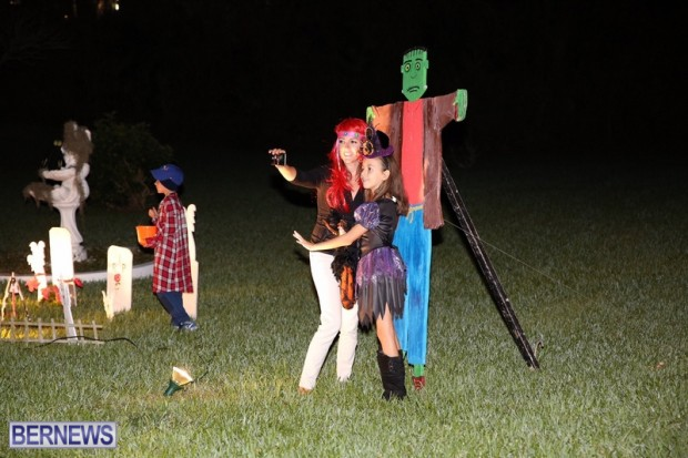 19-2016 October Bermuda Halloween in Devonshire (19)