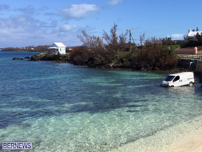 4-van in water sandys bermuda oct 16 (4)b