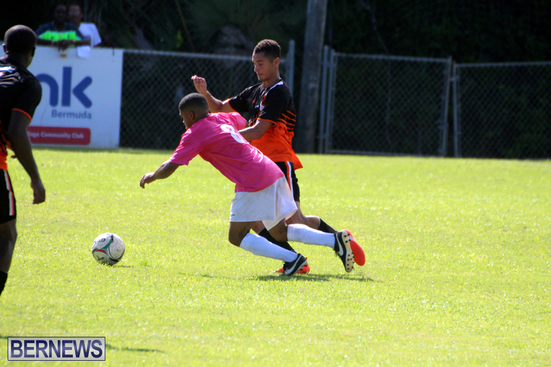 Football-Premier-First-Division-Bermuda-October-2-2016-12