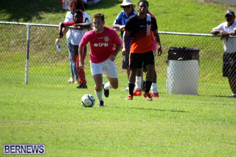 Football-Premier-First-Division-Bermuda-October-2-2016-13