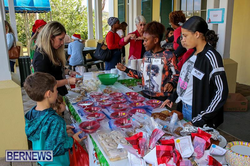BUEI-Harbourside-Market-Arts-and-Crafts-Festival-Bermuda-November-19-2016-1