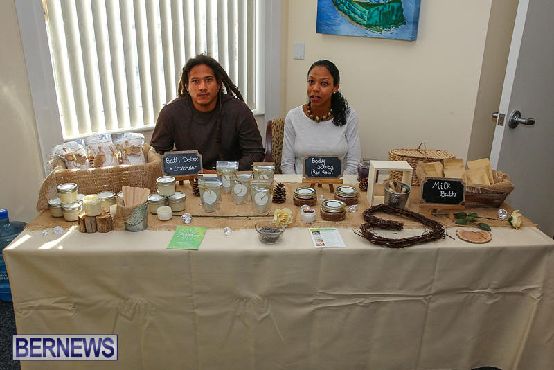 BUEI-Harbourside-Market-Arts-and-Crafts-Festival-Bermuda-November-19-2016-108