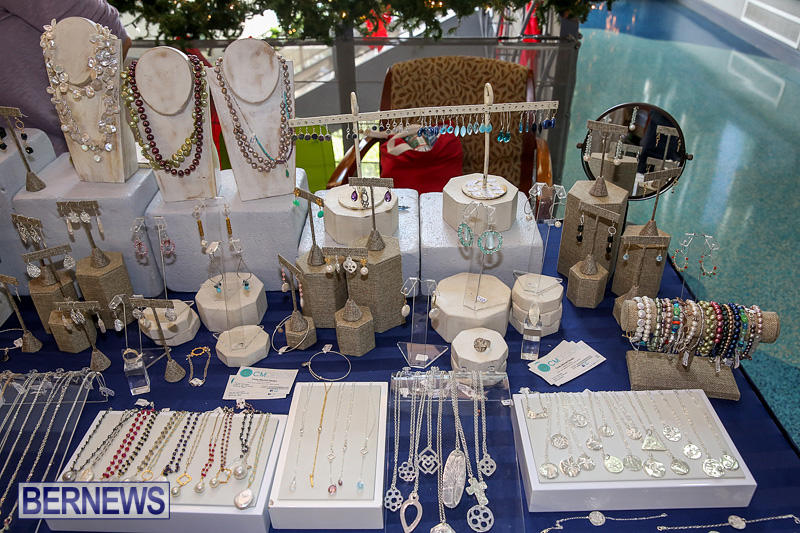 BUEI-Harbourside-Market-Arts-and-Crafts-Festival-Bermuda-November-19-2016-21