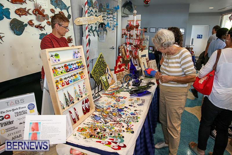 BUEI-Harbourside-Market-Arts-and-Crafts-Festival-Bermuda-November-19-2016-40