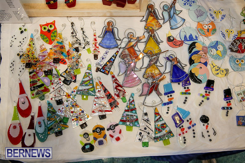 BUEI-Harbourside-Market-Arts-and-Crafts-Festival-Bermuda-November-19-2016-42