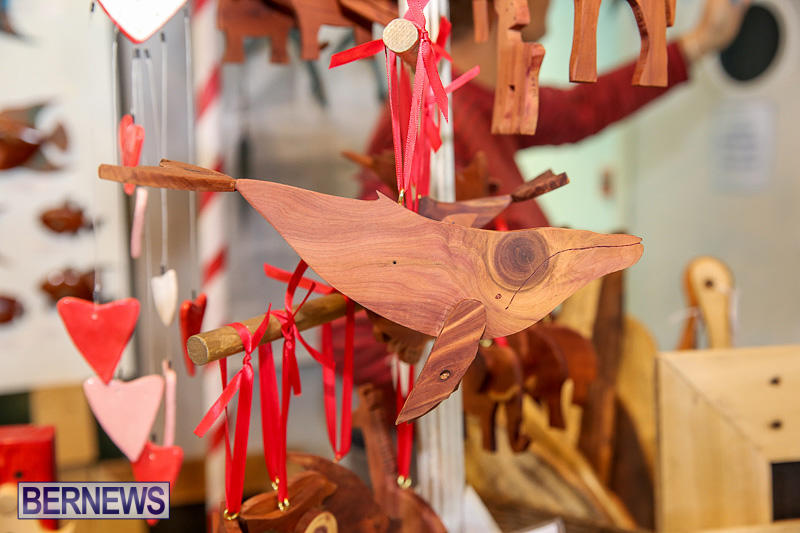 BUEI-Harbourside-Market-Arts-and-Crafts-Festival-Bermuda-November-19-2016-47