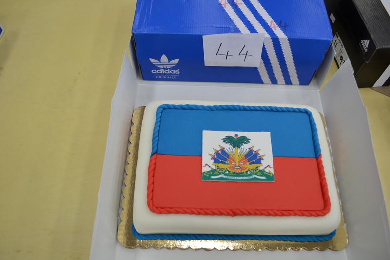 Cake for Haiti Bermuda Nov 2 2016 (3)