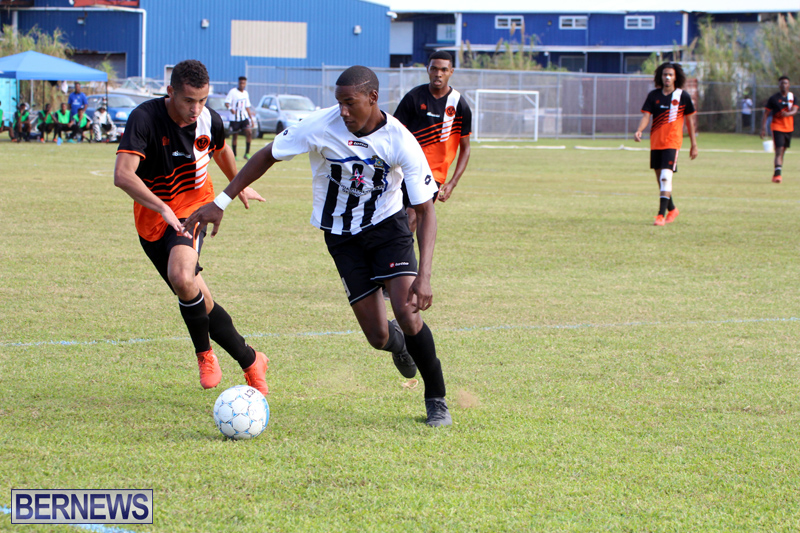 Football-Premier-and-First-Division-Bermuda-Oct-30-2016-14