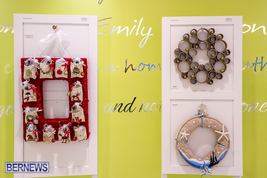 Holiday-Wreath-Show-For-Charity-Bermuda-Nov-19-2015-11