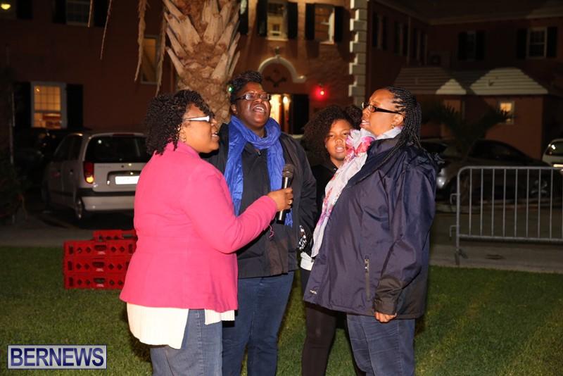 Carolers and Premier visits Dec 23 (1)