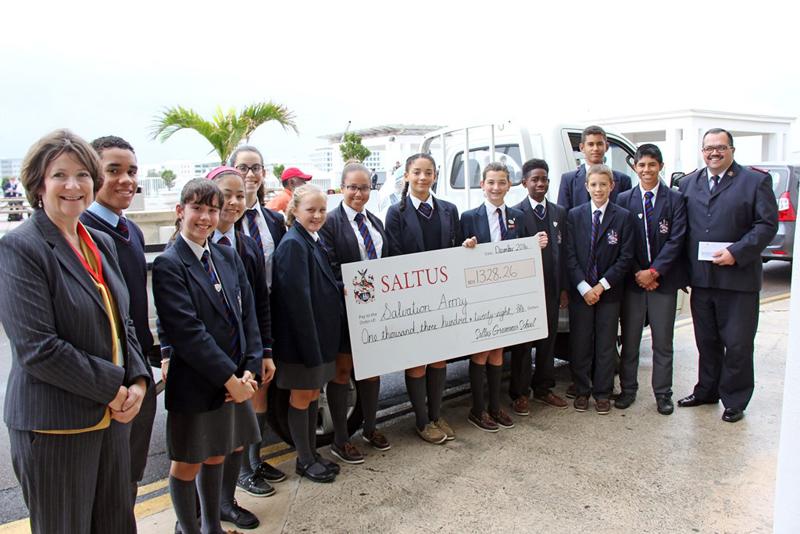 Saltus cheque & toys to Salvation Army Bermud Dec 15 2016 (3)