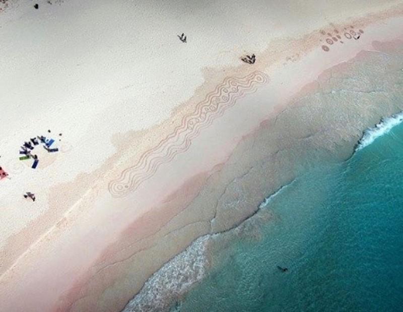 Beach Art-Nicky Gurret