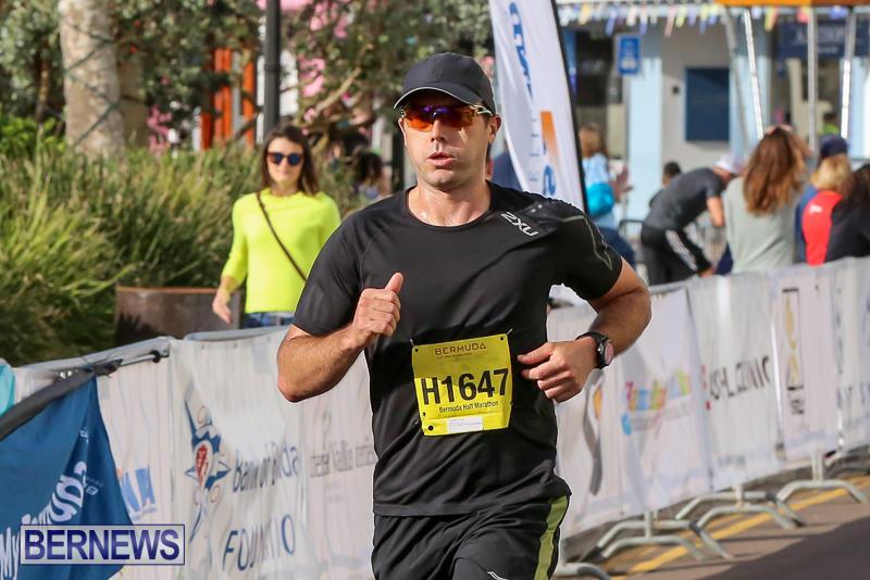 Bermuda-Race-Weekend-Half-and-Full-Marathon-January-15-2017-100