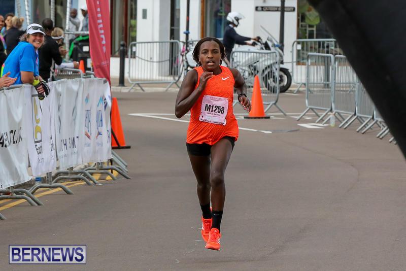 Bermuda-Race-Weekend-Half-and-Full-Marathon-January-15-2017-401