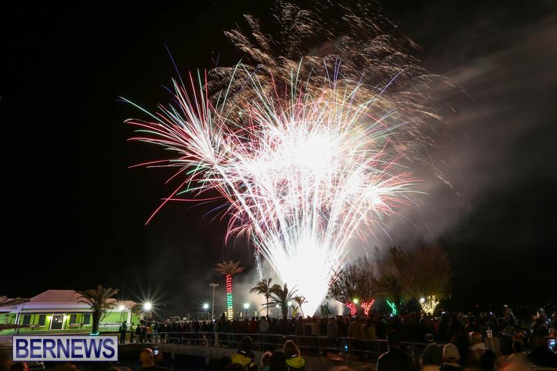 New-Years-Eve-Fireworks-Bermuda-December-31-2016-16