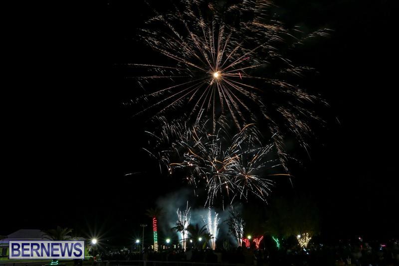 New-Years-Eve-Fireworks-Bermuda-December-31-2016-2