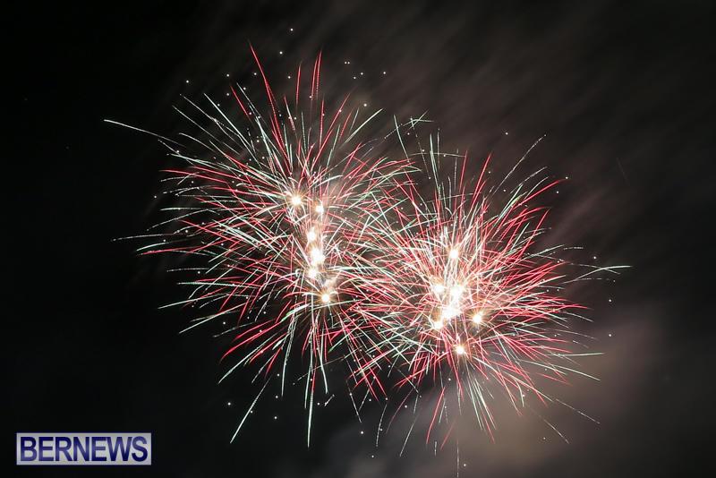 New-Years-Eve-Fireworks-Bermuda-December-31-2016-32