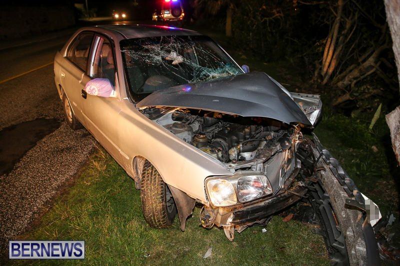 Car Tree Collision Bermuda, February 18 2017-3