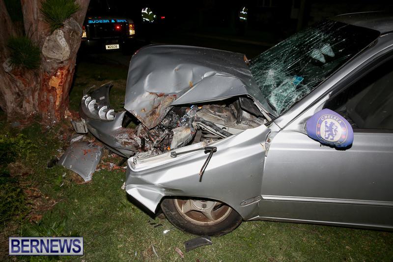 Car Tree Collision Bermuda, February 18 2017-4