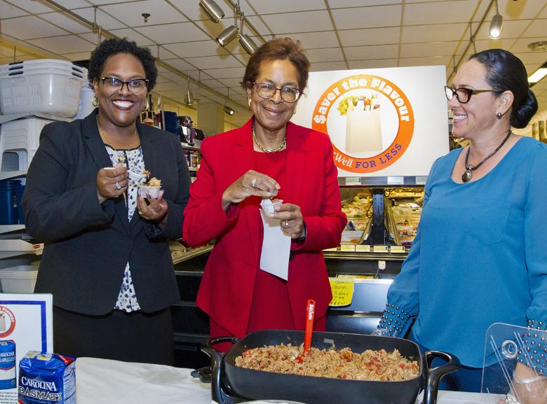 HPO Minister Savour The Flavour Demo Bermuda Feb 15 2016 (3)