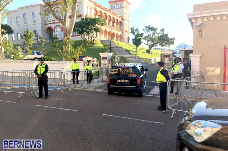Police-at-House-Bermuda-February-3-2017-10