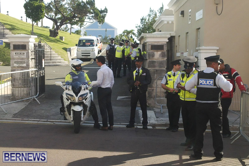Police-at-House-Bermuda-February-3-2017-13
