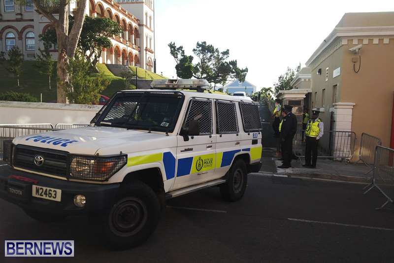 Police-at-House-Bermuda-February-3-2017-8