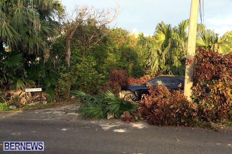 car collision bermuda feb 12 2017 (2)