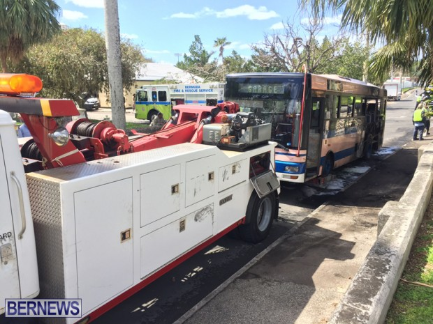 Bus Fire Bermuda March 7 2017 (10)