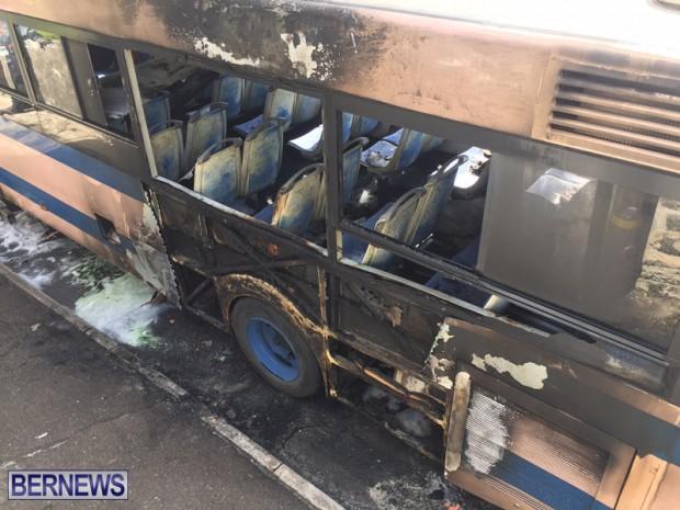 Bus Fire Bermuda March 7 2017 (18)