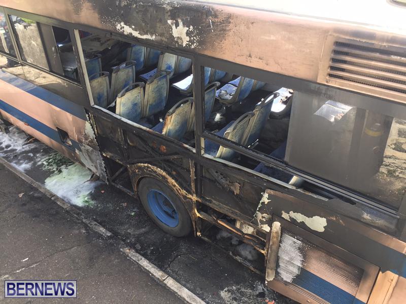 Bus-Fire-Bermuda-March-7-2017-18