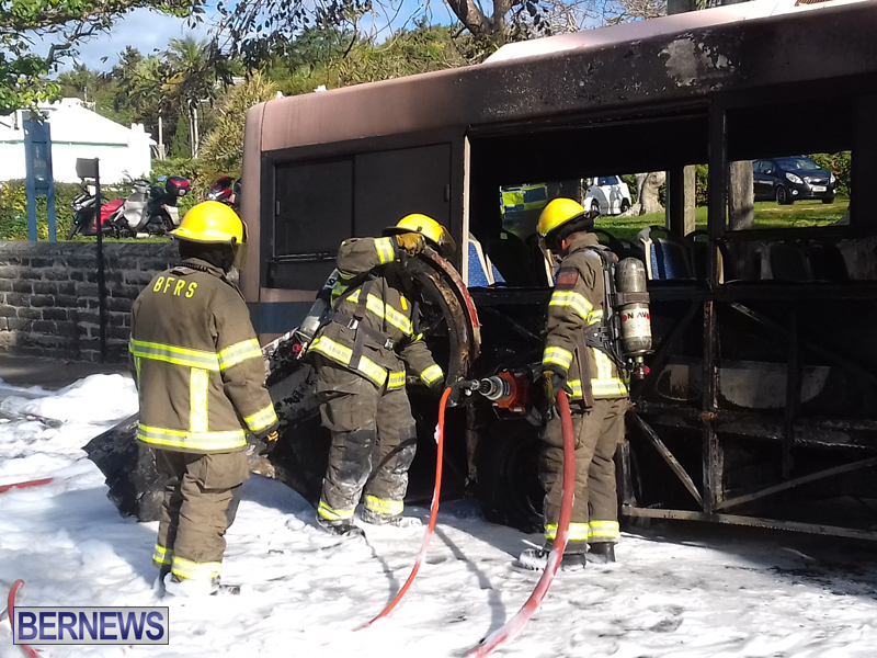 Bus-Fire-Bermuda-March-7-2017-2