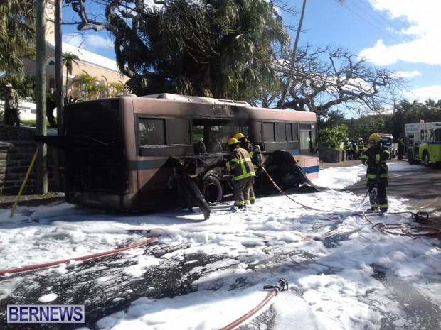 Bus Fire Bermuda March 7 2017 (3)
