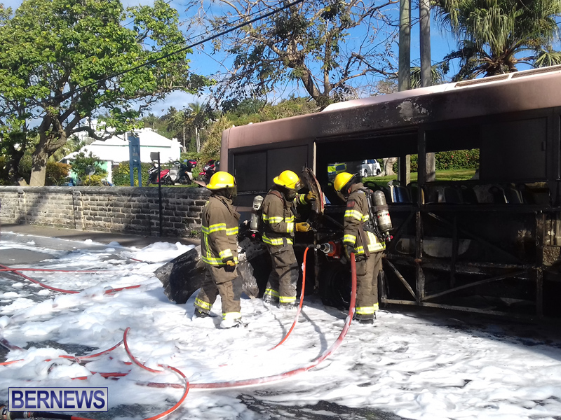 Bus-Fire-Bermuda-March-7-2017-4