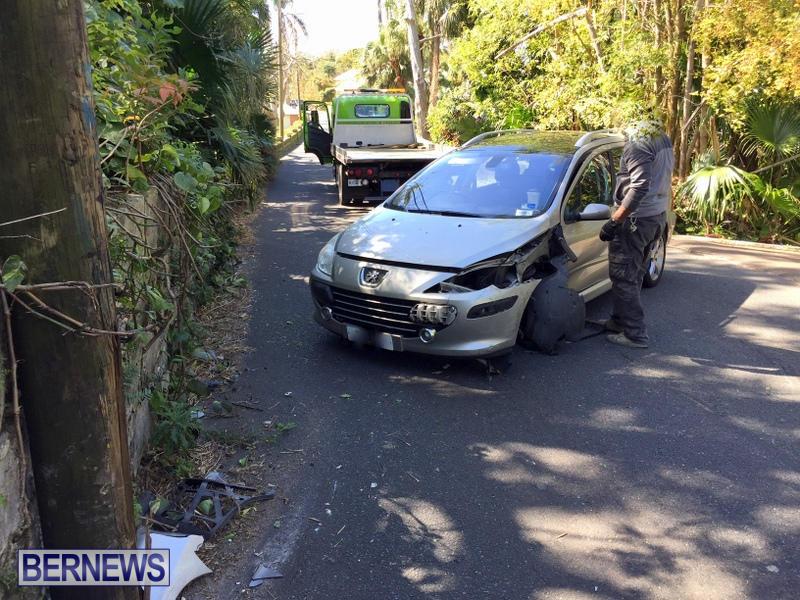 Car Collision Paget Bermuda, March 18 2017 (1)