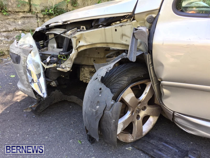 Car Collision Paget Bermuda, March 18 2017 (4)