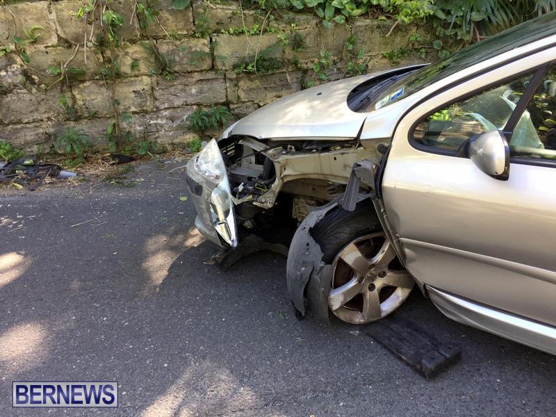 Car Collision Paget Bermuda, March 18 2017 (5)
