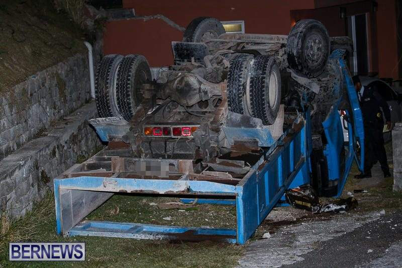 Overturned Truck Southampton Bermuda, March 29 2017-2