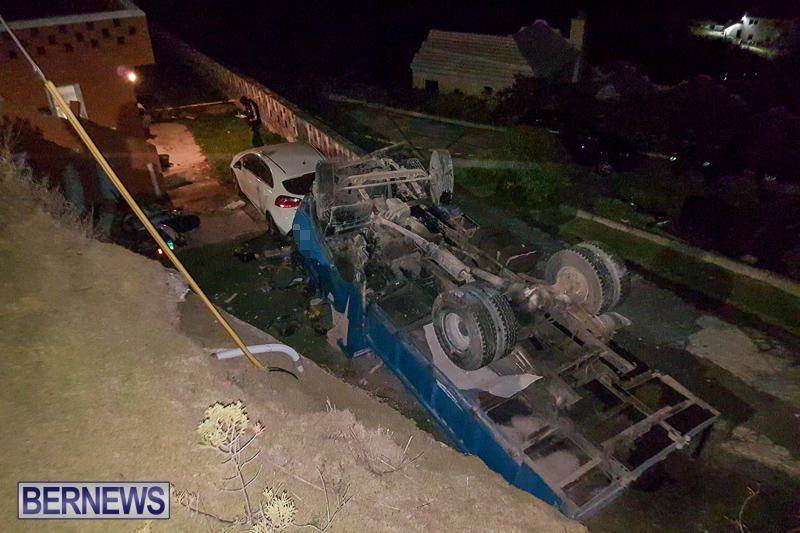 Overturned Truck Southampton Bermuda, March 29 2017-5