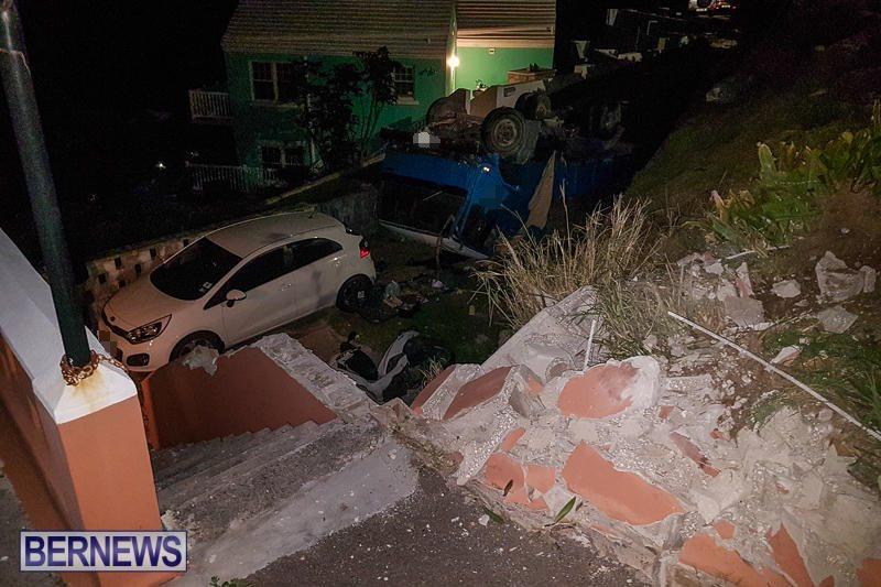 Overturned Truck Southampton Bermuda, March 29 2017-6