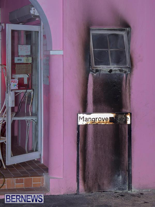 Village Cafe Fire Bermuda, March 13 2017-10