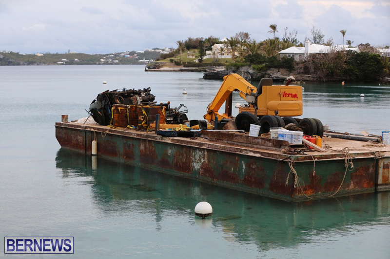 truck on barge Bermuda March 27 2017 (5)