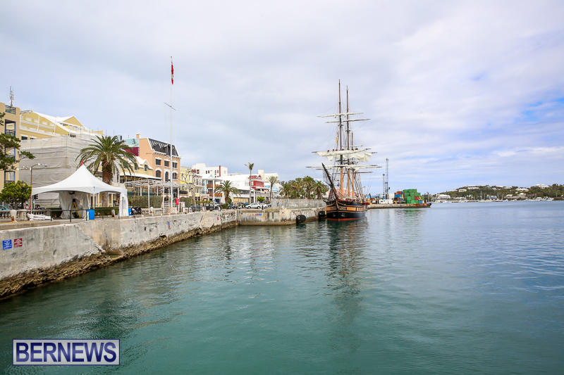 Oliver-Hazard-Perry-Tall-Training-Ship-Bermuda-April-9-2017-13